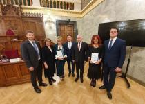 A díj átadásának résztvevői